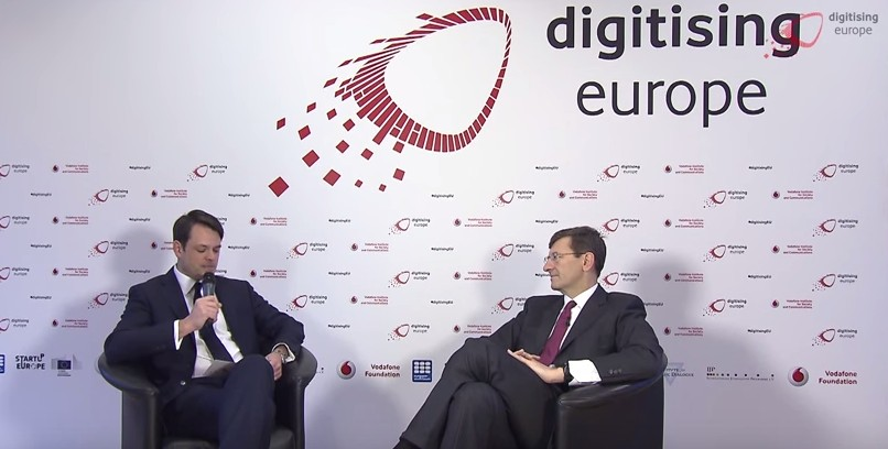 "Intervista con Vittorio Colao al ""digitising europe"" summit"